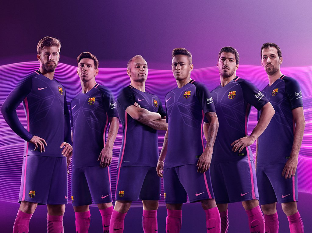Jersey terbaru Klub Barcelona Nike The Guardian